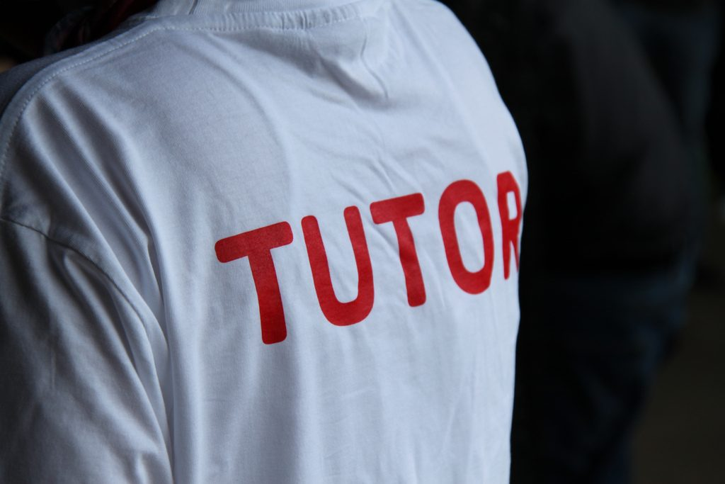 Tutor